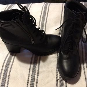Big Buddha ankle boots never worn